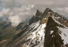 ridges-in-the-alps-from-the-dg
